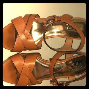 Coach heels 7-1/2